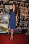Kareena Kapoor at the launch of Starweek 1st anniversary Issue in Cest La Vie on 13th Aug 2010 (17)